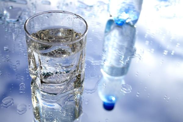 negyvas vanduo nuo hipertenzijos)